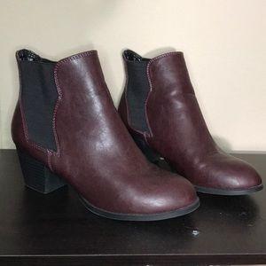 Shoes - Burgundy Chelsea booties